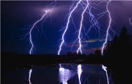 雷电对自动气象环境监测站的入侵途径及损坏原因.jpg
